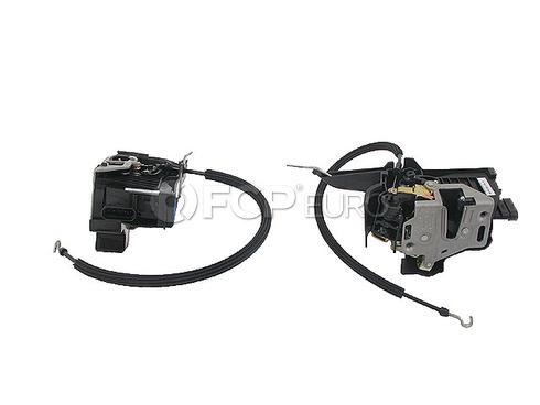 Mercedes Door Lock Vacuum Actuator - Genuine Mercedes 1637202935