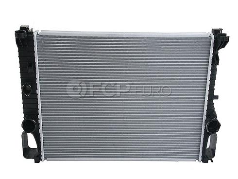 Mercedes Radiator (E550 E320 CLS550) - Nissens 2115003402A