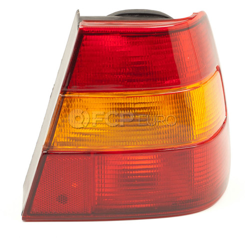 Volvo Tail Light Assembly Right (940 960) Sedans 3538339