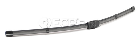 Volkswagen Windshield Wiper Blade Front Right (Passat) - Valeo 900-21-6B