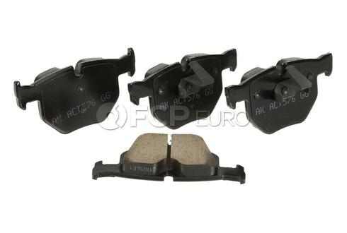 BMW Brake Pad Set Rear (X5 X6) - Akebono EUR1042A