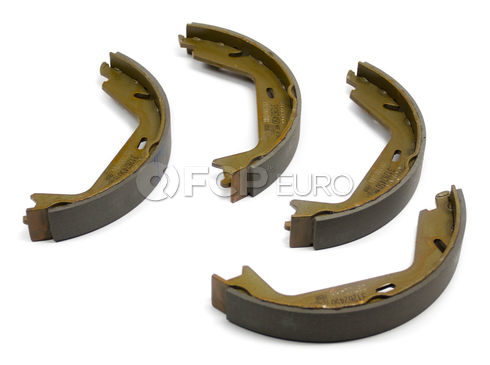 Volvo Parking Brake Shoe Set (S80 S60 V70 XC70) - Genuine Volvo 31262869