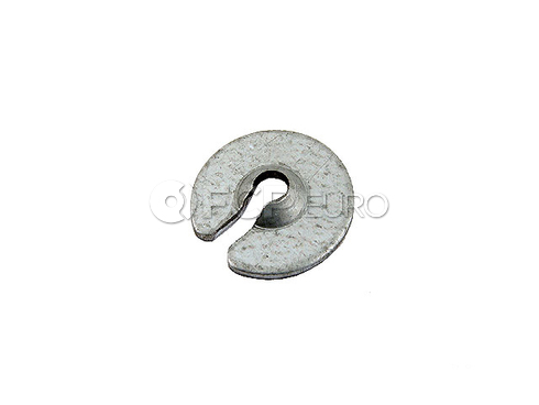 Volvo Clutch Cable Retainer (242 244 245) - Genuine Volvo 1228903