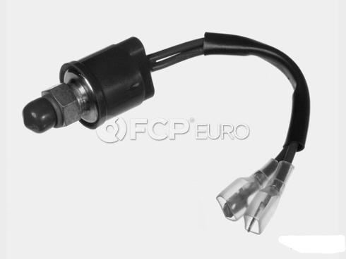 Mercedes A/C Refrigerant Temperature Sensor - Meyle 0048206810