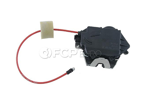 Mercedes Hatch Lock Vacuum Actuator - Genuine Mercedes 1647400635
