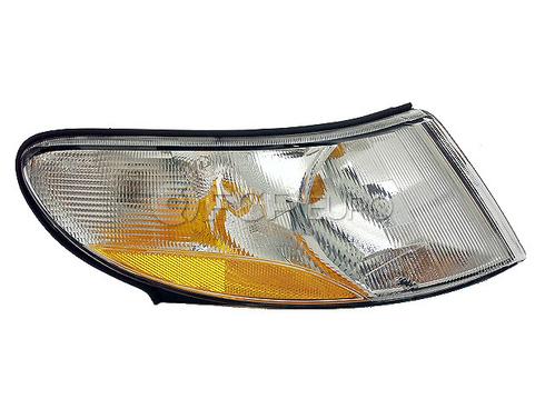 Saab Turn Signal Light Assembly Right (900) - Valeo 4240362