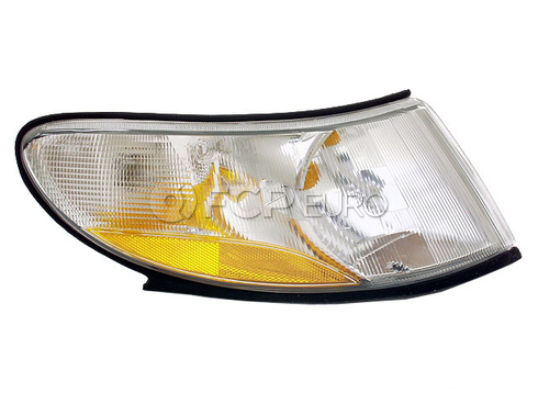 Saab Turn Signal Light Assembly Right (9-3) - Valeo 4676466