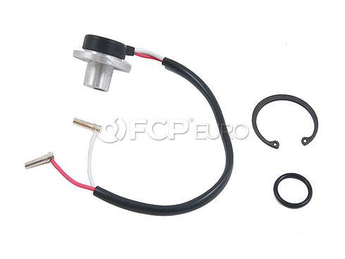 Mercedes A/C Compressor Speed Sensor (190D 190E 260E 300CE) - Four Seasons 0005400917