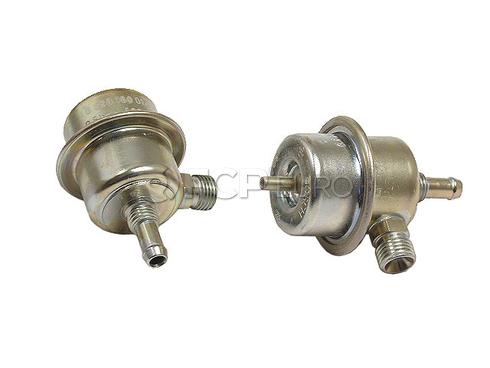 BMW Fuel Injection Pressure Regulator (528i 733i 633CSi) - Bosch 0280160014