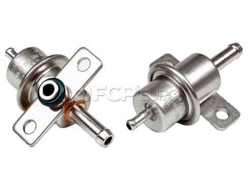 Volvo Fuel Pressure Regulator (850 C70 S70 V70) - Bosch 0280160554