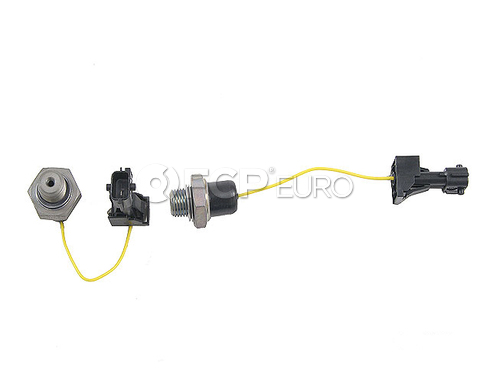 Saab Oil Pressure Switch (9-3 9-5) - Facet 9176660