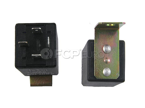 Volvo Saab Fuel Pump Relay - KAE 9558073