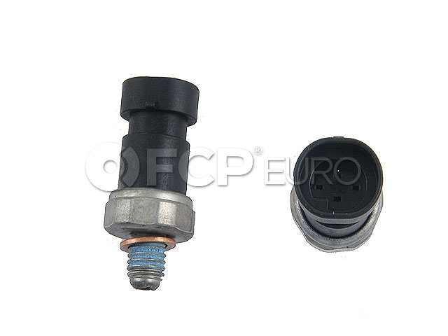 Saab Oil Pressure Switch - Genuine Saab 24577642