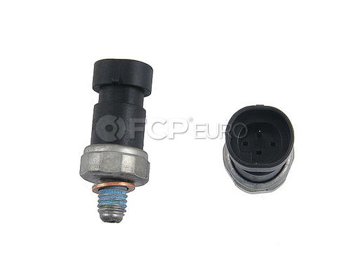 Saab Oil Pressure Switch (9-3 9-3X) - Genuine Saab 24577642