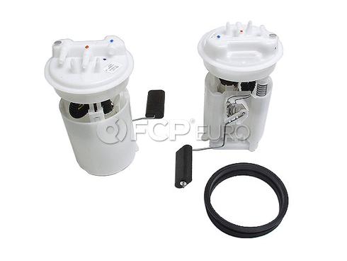 Volvo Fuel Pump Assembly (S40 V40) Genuine Volvo 30630596