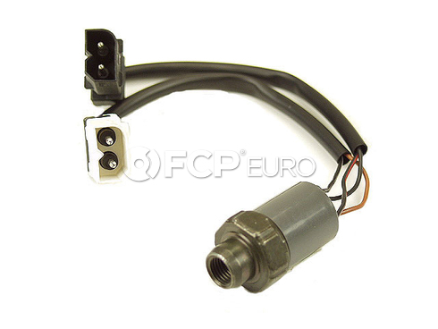 BMW A/C Pressure Switch (R134) - Behr (OEM) 64531390070