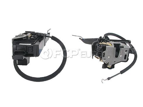 Mercedes Door Lock Vacuum Actuator - Genuine Mercedes 1637202535