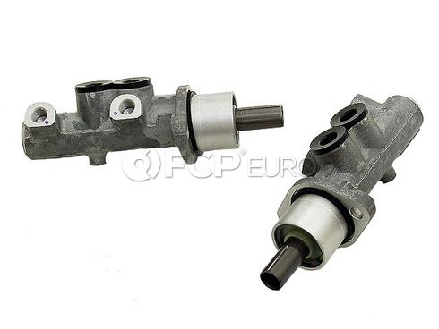 Audi Brake Master Cylinder (A6 A6 Quattro) - TRW 4A0611021E