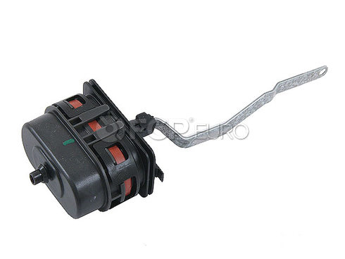 Mercedes A/C Vacuum Actuator - Behr 2028001575