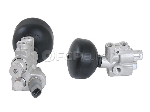 Mercedes Suspension Self-Leveling Valve - Genuine Mercedes 2203200858OE