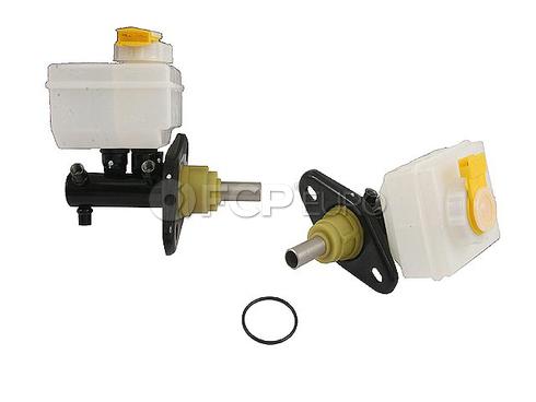 Land Rover Brake Master Cylinder (Defender 110 Defender 90) - TRW SJC100460
