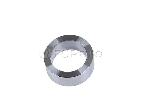 Jaguar Axle Shaft Bearing Retainer - Qualiseal JLM000615