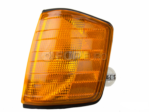 Mercedes Turn Signal Light Assembly (190D 190E) - Magneti Marelli LUS4722