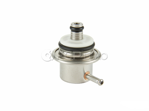 Volvo Fuel Pressure Regulator (S40 V40) - Genuine Volvo 9404583