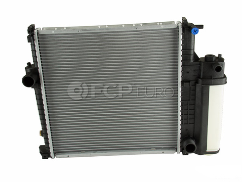BMW Radiator (Z3 318i 318is 318ti) - Nissens 17111469176