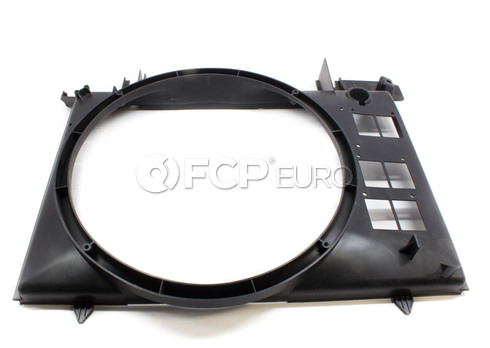 Volvo Cooling Fan Shroud (850 S70 V70 C70) - Genuine Volvo 9432709