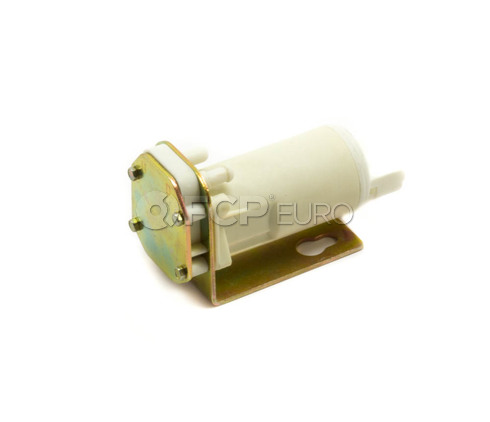 Volvo Windshield Washer Pump (240 242 244 245 260 140 160) - 1304783
