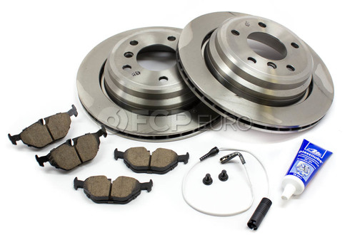 BMW Brake Kit - Brembo/Akebono 34216767060KT
