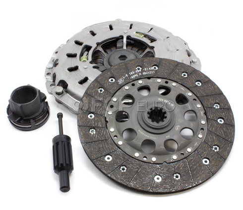 BMW Clutch Kit (E46 E39) - Sachs K70288-02