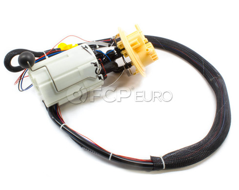Volvo Fuel Pump Assembly (S60R V70R) - Genuine Volvo 30761744