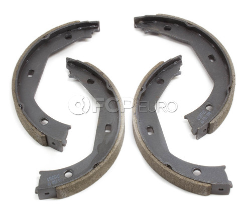 BMW Parking Brake Pad Set - Bosch BS831