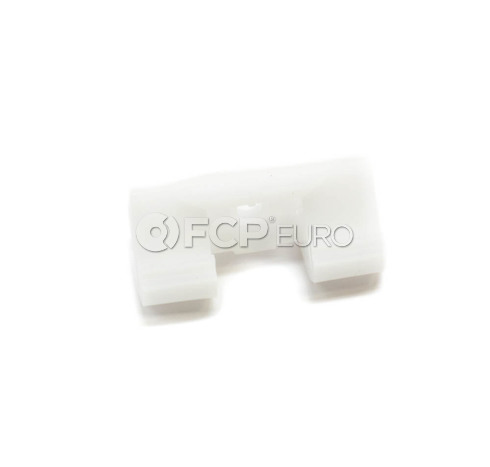 Volvo Trim Moulding/Weather Stripping Clip (S60 V70 XC70 ) - Genuine Volvo 9190981