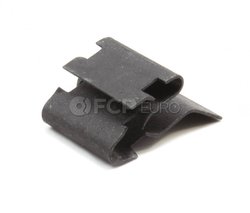 Volvo Skid Plate Air Guide Clip (850) Genuine Volvo 30624275
