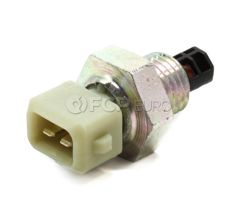 Volvo Air Charge Temperature Sensor (S40 V40) - Genuine Volvo 30865366