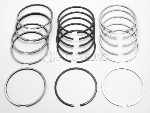 Volvo Piston Ring Set (242 244 760 245) - Grant C1485