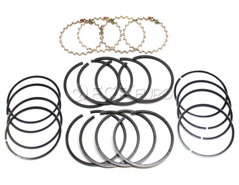 Volvo Piston Ring Set (142 145 122 144) - Grant C1174
