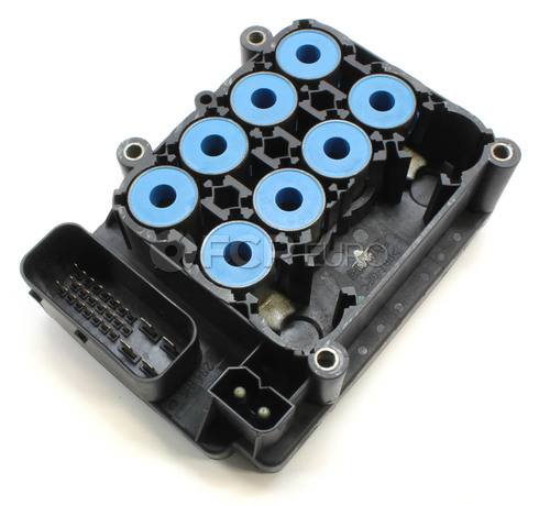 Volvo ABS Control Module (S60 S70 V70 S80) - BBA Reman 8619544