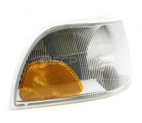 Volvo Turn Signal Assembly Right (C70 S70 V70) - Economy 9169373