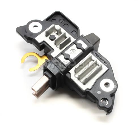 Volvo Voltage Regulator (S60 S80 V70 XC70 XC90) - Bosch 8637851