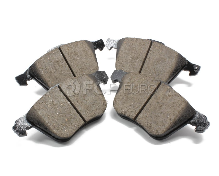 Volvo Brake Pad Set - Akebono 30793265