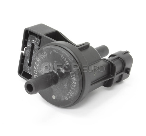 BMW Vapor Canister Purge Solenoid (M5 M6) - Genuine BMW 13907835364