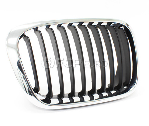 BMW Kidney Grille Right (Chrome) - Genuine BMW 51138208488