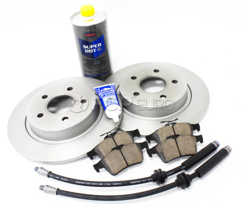 Volvo Brake Kit Rear 8 Piece (C30 S40 V50 C70) - Meyle / Akebono KIT-P1REARBKKT3P8