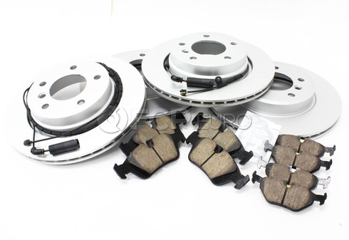 BMW Brake Kit - Meyle/Akebono 34116855152KTFR