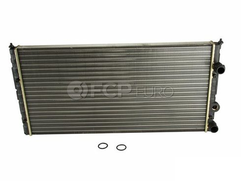 VW Radiator Center (Passat) - Nissens NSN-65252