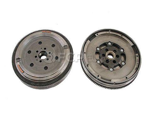 Audi VW Clutch Flywheel (A4 Quattro A4 Passat) - Genuine VW Audi 06B105266A